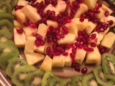 Kiwi & Pineapple with Pomegranate